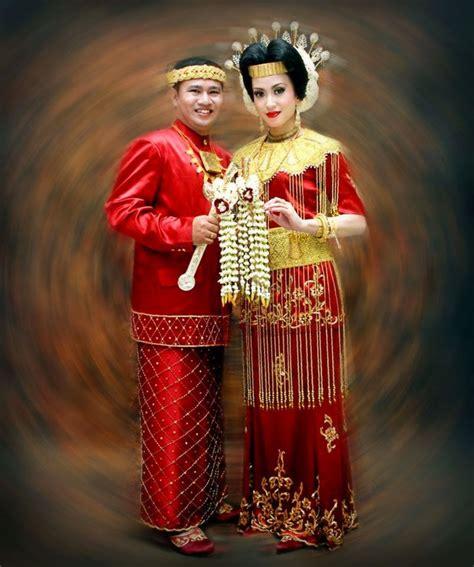 Baju Bodo Pakaian Adat Dari Daerah contoh pakaian adat suku di indonesia sejarah negara