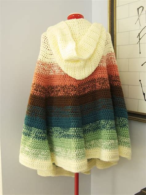 free knitting patterns for ponchos or capes best 25 crochet cape pattern ideas on crochet