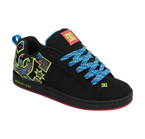 womens dc sneakers dc shoes s court graffik se shoes blue traniers