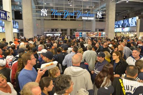 d mo bobblehead bumble in the bronx fans swarm as delayed mo bobbleheads