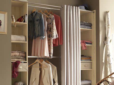 Ou Poser Ses Vetements Dans Une Chambre by Tout Savoir Pour Bien Organiser Dressing Leroy Merlin