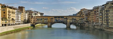 houses over water on ponte vecchio florence italy stock photo royalty free image 74147998 alamy ponte vecchio wikipedia