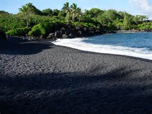 Black Sand Beaches Hawaii by 5 Reasons Why Black Sand Beaches Rock