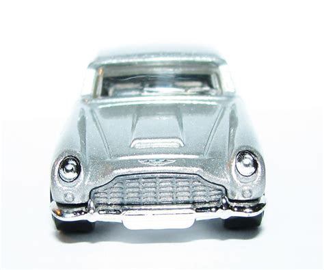 Diecast Hotwheels Aston Martin Db5 1963 Collector 55 best die cast collectables images on danica
