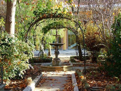 Spain Gardens by Alameda Tajo