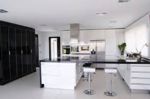 Black Kitchen Designs by Black White Kitchen Decor Decosee Com