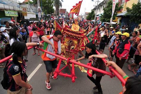 Etnis Tionghoa Di Indonesia indonesia negara pengakomodasi etnis tionghoa terbesar di