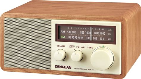 desk radio with reception sangean wr 11 am fm table top radio electronics