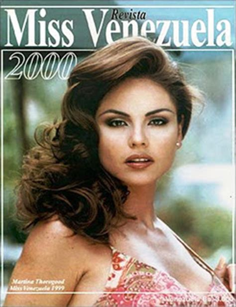 Tas Kelyn monarcas de miss 2000 candidatas