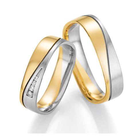 Moderne Eheringe Wei Gold by Eckige Eheringe Aus Wei 223 Gold Gelbgold Mit Diamanten
