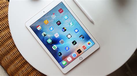 Best Phone Lookup App For Iphone 2017 Apple 9 7 Inch Pro Wins Tablet Of The Year At Trustedreviewsawards 2016