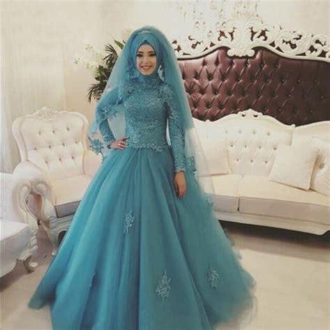 12 gaun pernikahan bertema turquoise untuk datangkan