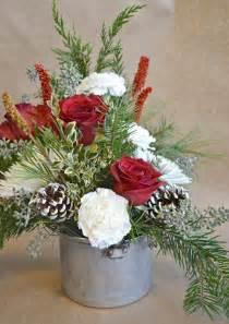 1000 ideas about christmas flower arrangements on