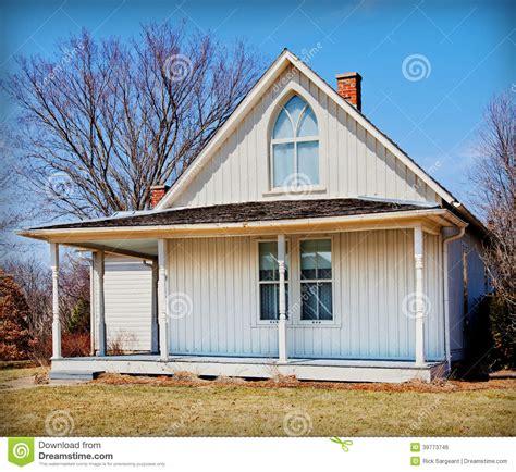 american gothic house american gothic house editorial photo image 39773746