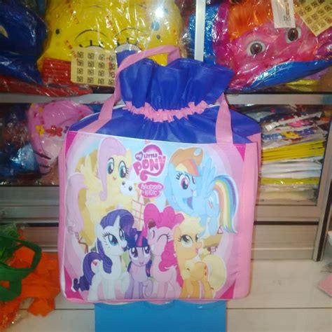 Tas Guling Frozen jual tas serut 20x20 souvenir ulang tahun anak unik harga