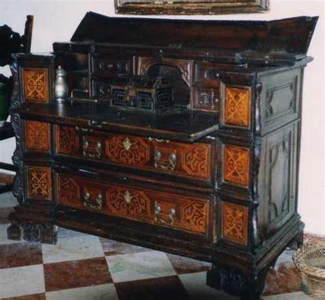 stima mobili antichi cantarano e ribalta restauro arte e antiquariato