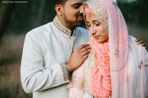 Wedding Muslim by 恋愛結婚も 極彩色 イスラム美女の婚礼衣装 美麗 Naver まとめ