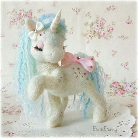 Handmade Unicorn - handmade needle felt unicorn sugarshimmers
