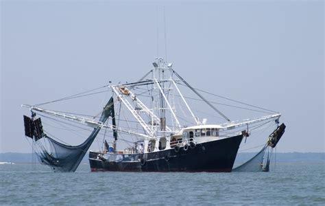 FISHING VESSEL REGISTRATION UNDER BELIZE FLAG — FLAGADMIN.COM