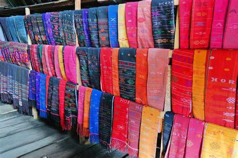 Songket Tradisional Asli Lombok By Tenun Kerang Dalam Siti Asiah Lmb macam macam kain tenun tradisional asli indonesia