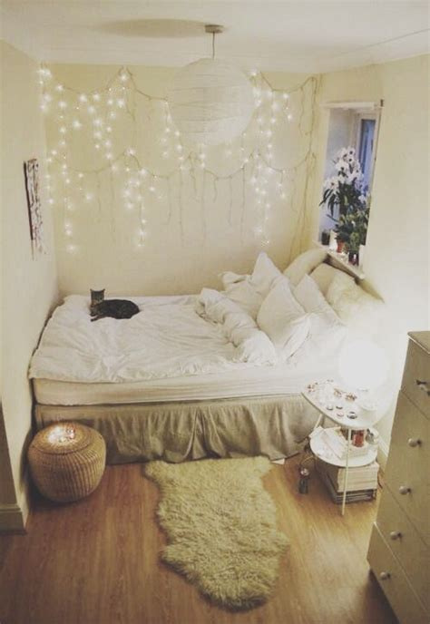 tiny apartment inspiration 25 best small white bedrooms ideas on pinterest small