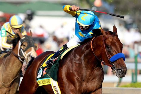 Triple Crown hopeful American Pharoah is Belmont favorite