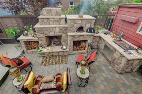 outdoor kitchen designs with pizza oven outdoor kitchen designs featuring pizza ovens fireplaces