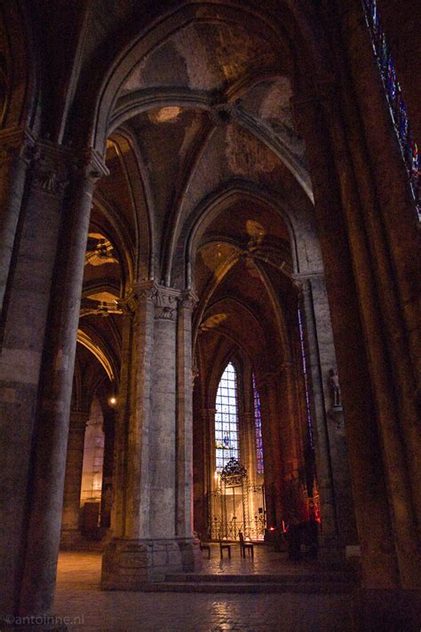 Chartres Cathedral Interior by Chartres Cathedral Interior Antoinne Nl