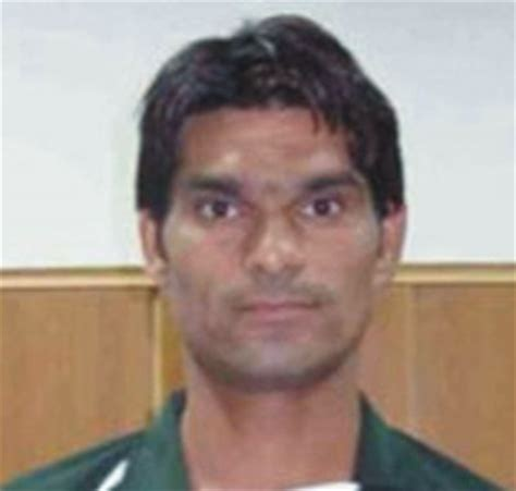 mohammad irfan biography pakistan rookie fast bowler irfan hopes to come back