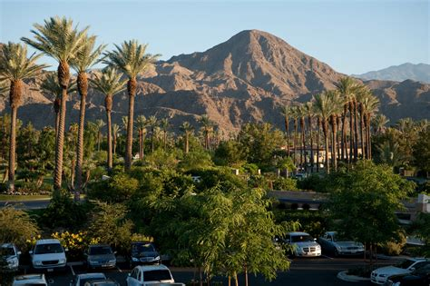 Indian Wells Mayor Pushs For Tough Food Truck Regs