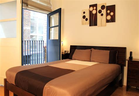 2 Bedroom Flat Landlord by 2 Bed Flat To Rent Dufferin Avenue Ec1y 8pq