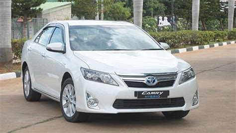toyota motors india toyota provides 55 camry hybrid cars for the 3rd india