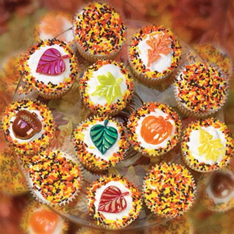 fall cupcake decorating ideas pretty fall cupcakes pictures photos and images for