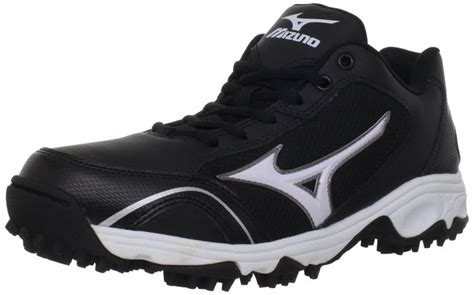 3 best baseball turf shoes to wear