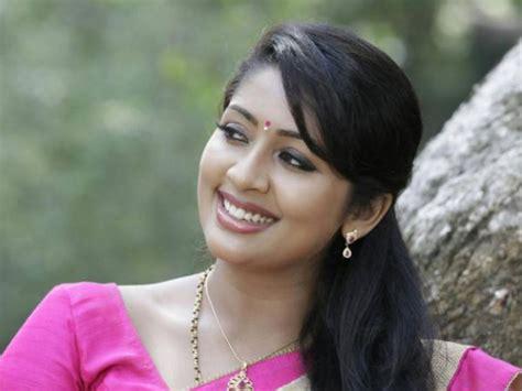 malayalam film actress names with photos malayalam actresses malayalam actors original name