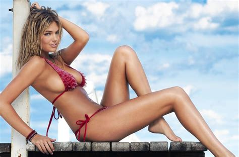 9 Sexiest Tv And Vires by Kate Upton 8x10 11x17 16x20 24x36 27x40 Tv