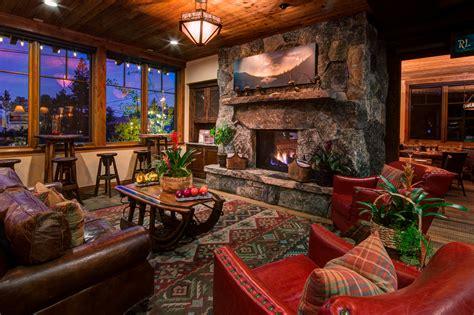 Country Livingroom cedar glen lodge photo gallary