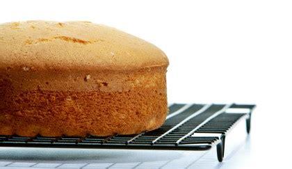 bagna per torte alla vaniglia come bagnare il pan di spagna la ricetta della bagna