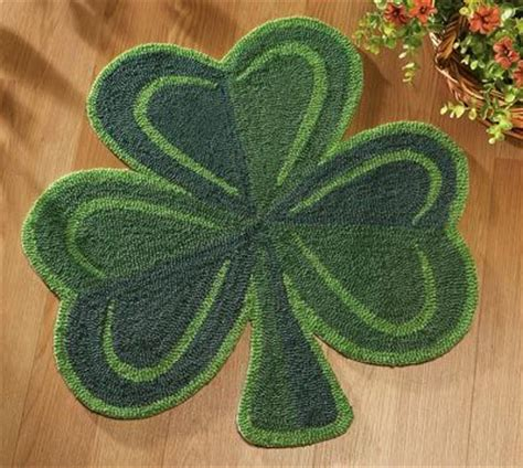 shamrock rug 14 99 st s day shamrock accent rug st s day decorations