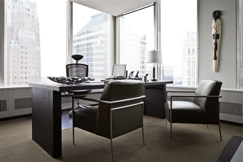 U Shaped Desk With Hutch Your Title And Corner Office Doesn T Make You A Genuine
