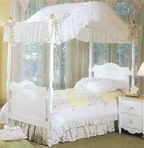 Bedding For Bunk Beds Hugger Nantucket Bunkbed Hugger Bunk Bed Cap Bunkbed Comforter California Calkids