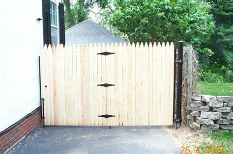pictures for 4 seasons fencing home improvement in