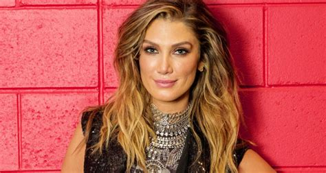 the voice sponsors hairstyles delta goodrem debuts dreadlock hairstyle in new instagram