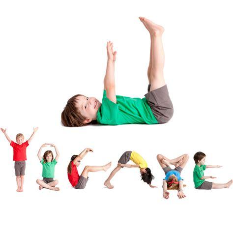 imagenes yoga animales juego de yoga yogame abc de janod en minikidz