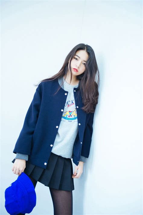 Style Inspiration Asia by Korean Fashion Im Always A Fan Of The School