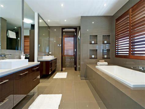 Modern Bathroom Pictures Gallery Modern Bathroom Design With Recessed Bath Using Ceramic