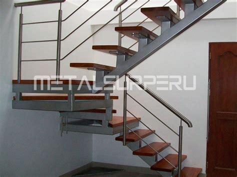 escaleras metalicas interiores escaleras caracol metalsur peru