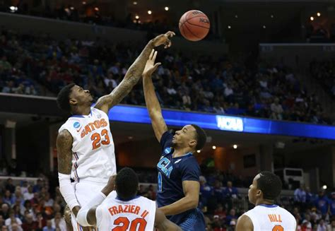 Florida Gators Basketball Returns Home Chris Walker S Return Gives Donovan Front Court Options