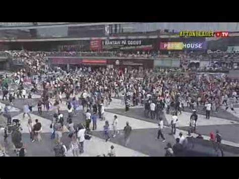 tutorial flash mob beat it michael jackson beat it stockholm flash mob youtube