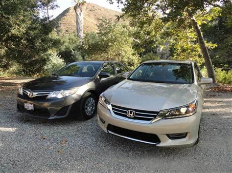 Honda Accord Or Toyota Camry Kbb Answer Toyota Camry Or Honda Accord Kelley